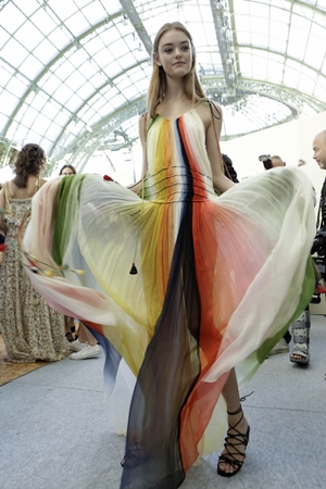 CHLOE Paris fashion week Ready to wear Spring Summer 2016